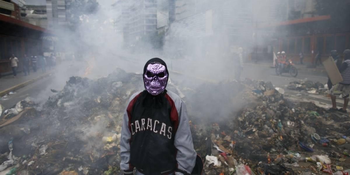 Suman 90 muertos en tres meses de protestas en Venezuela