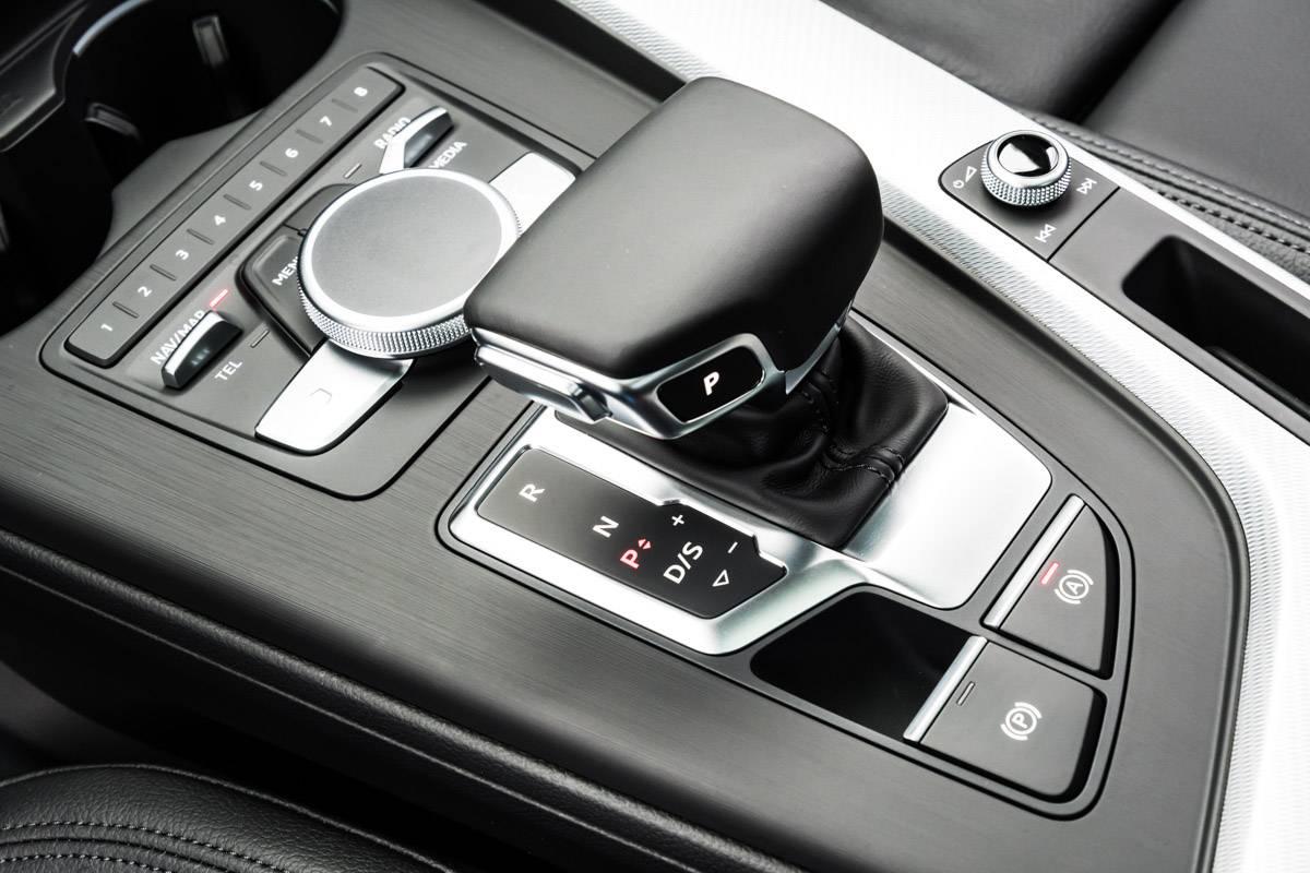 Audi A5 tem transmissão automática com dupla embreagem e sete marchas | Divulgação