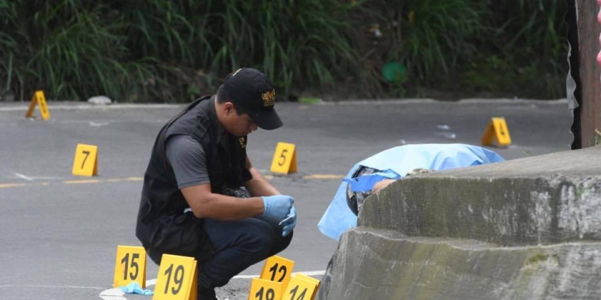 Padre intentó repeler ataque armado y quedó fallecido su hijo en Villa Nueva