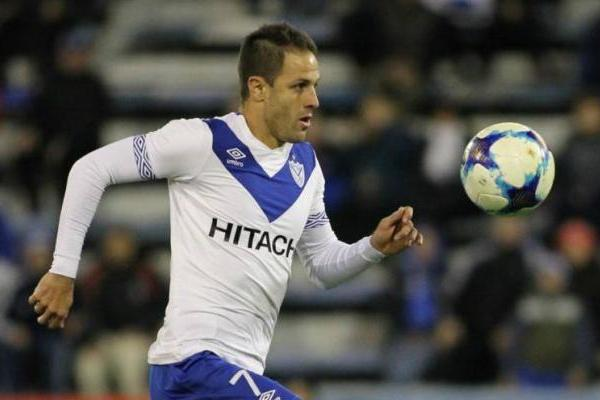 Juan Manuel Martínez podría llegar como jugador libre a Universidad Católica / @Velez