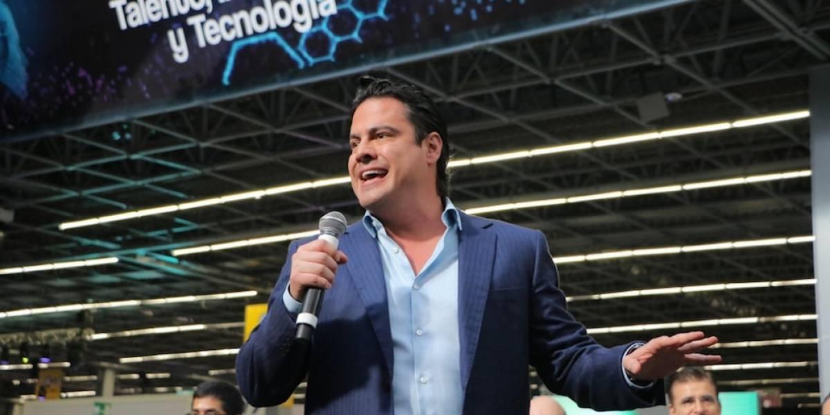 Recibe Aristóteles Sandoval a primeros participantes de Jalisco Campus Party 2017