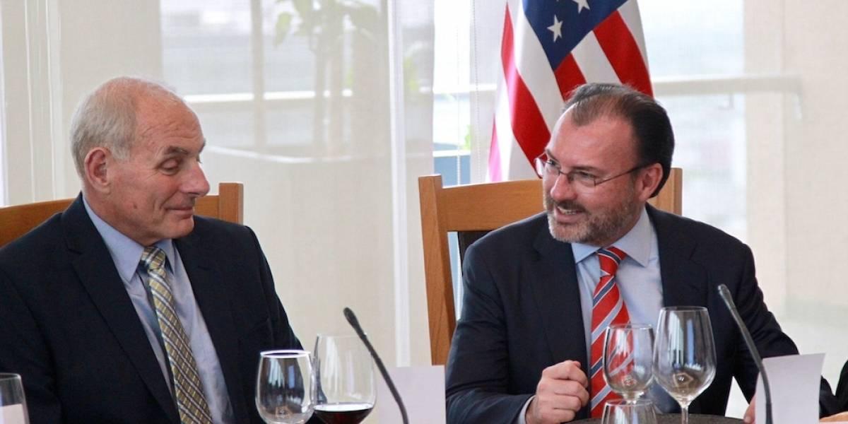 Analizan Videgaray y Kelly medidas para facilitar flujo de personas y bienes en la frontera