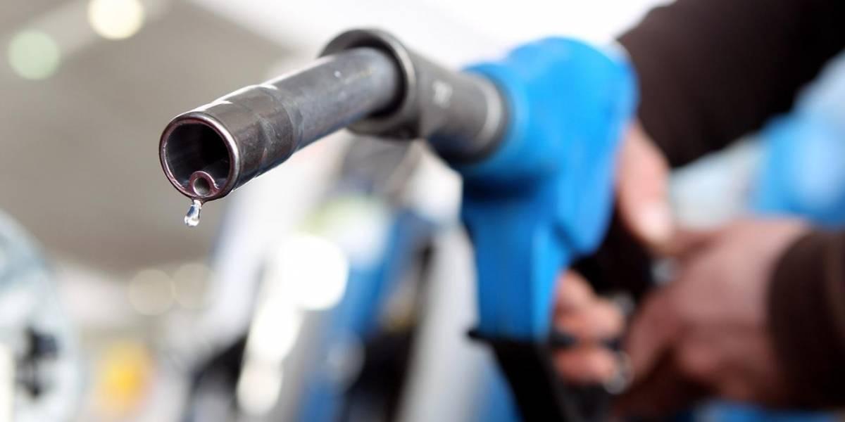 ¿Es mejor mantener siempre el tanque del auto lleno?
