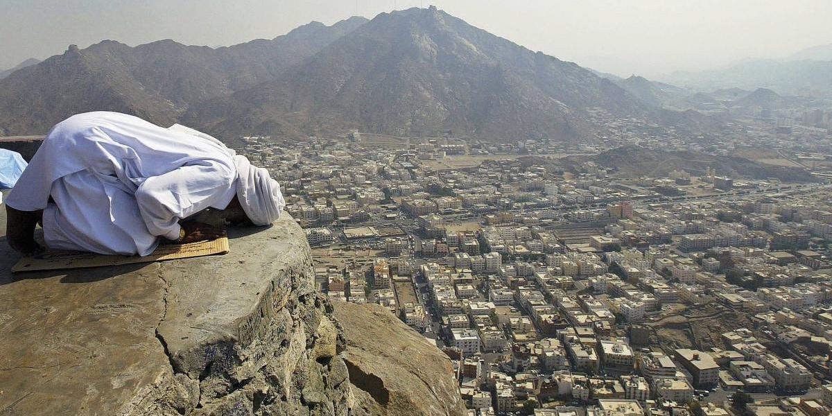 Aunque son enemigos, Irán enviará peregrinos a La Meca en Arabia Saudita