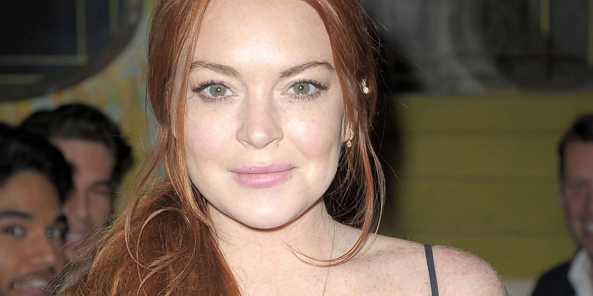 Lindsay Lohan é mordida por cobra durante as férias