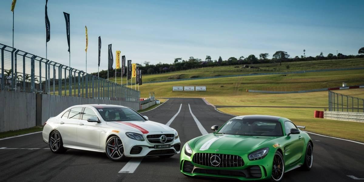 Dose dupla da Mercedes para voar na pista