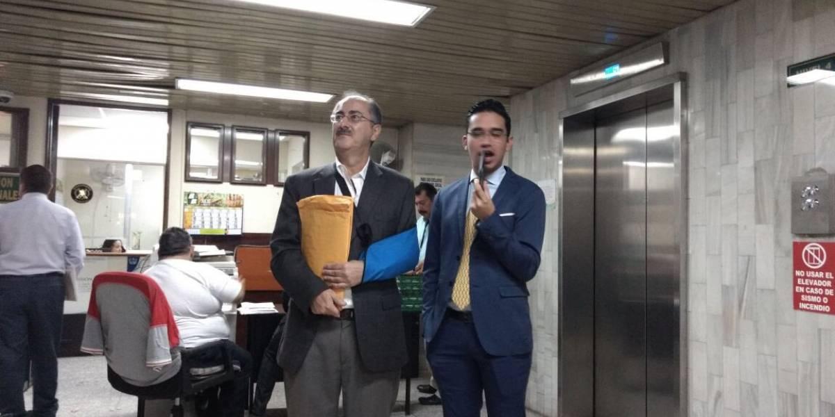 Expresidente del Congreso Pedro Muadi se fracturó el brazo en la cárcel