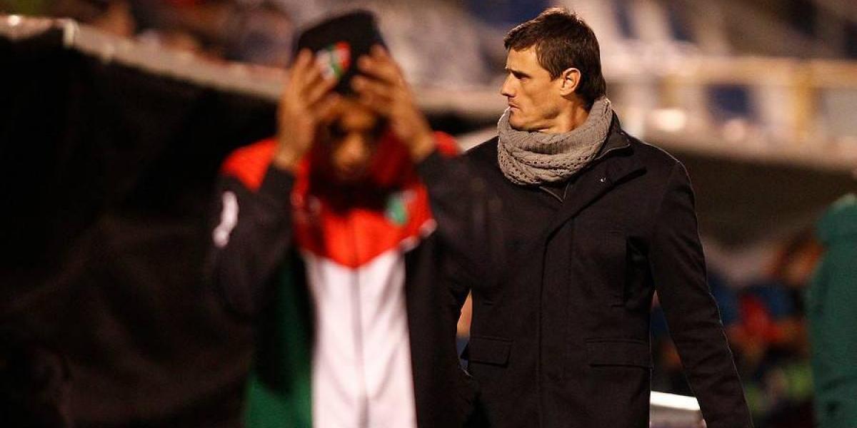 """DT de Palestino criticó el obsoleto formato del torneo chileno: """"Está hecho para los equipos grandes"""""""