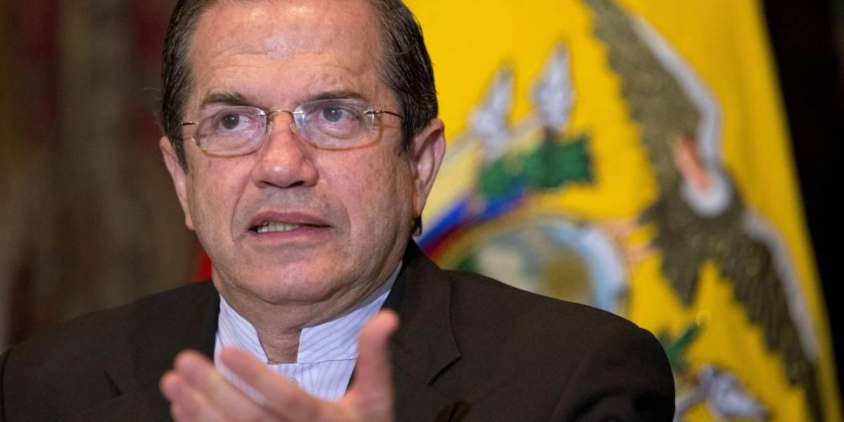 Ricardo Patiño confirma viaje a Bélgica para reunirse con Correa