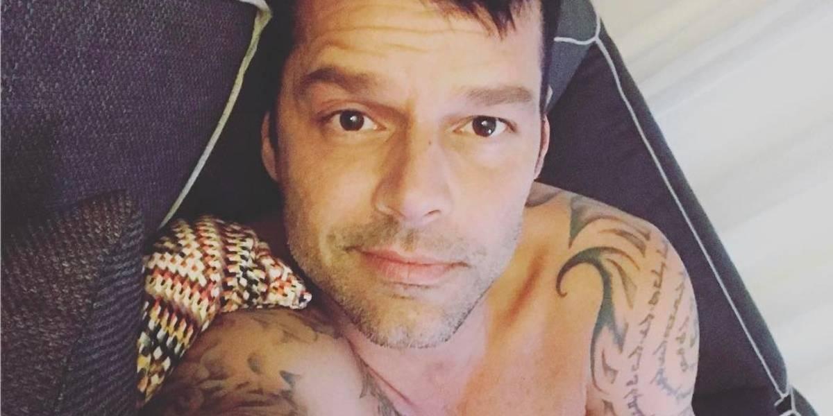 Ricky Martin toma descanso con su hijo