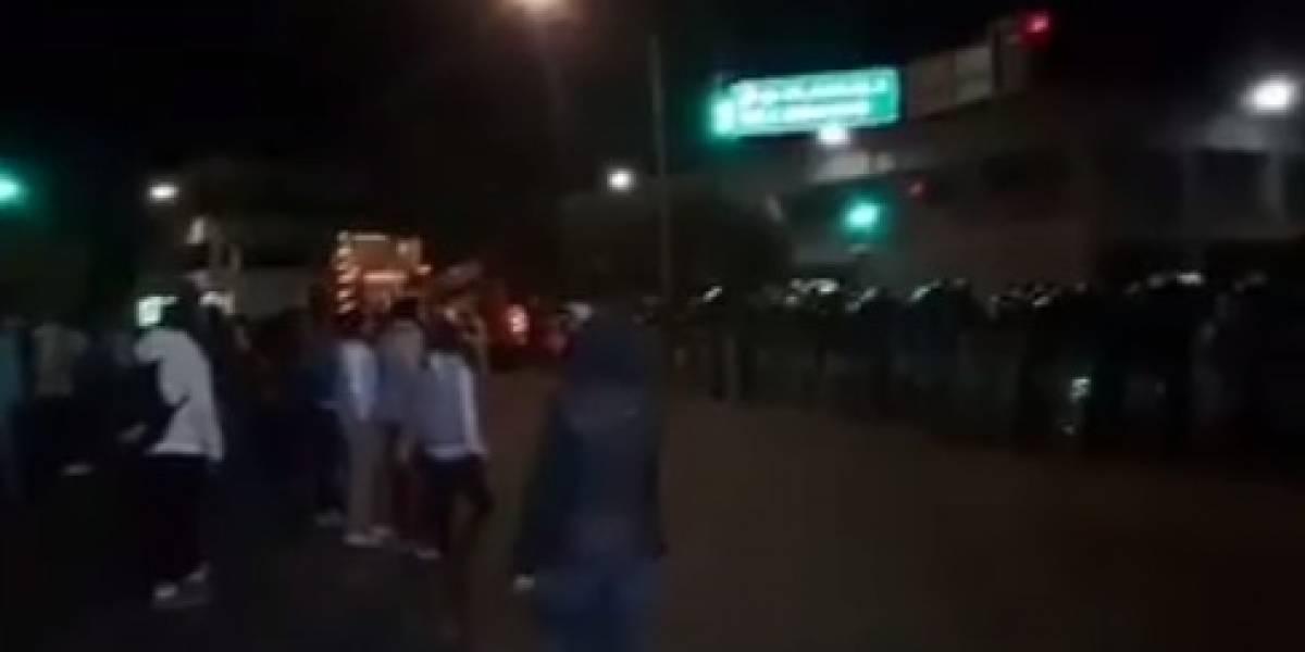 Policía de Tlaxcala recupera tres autobuses tras desalojo a normalistas