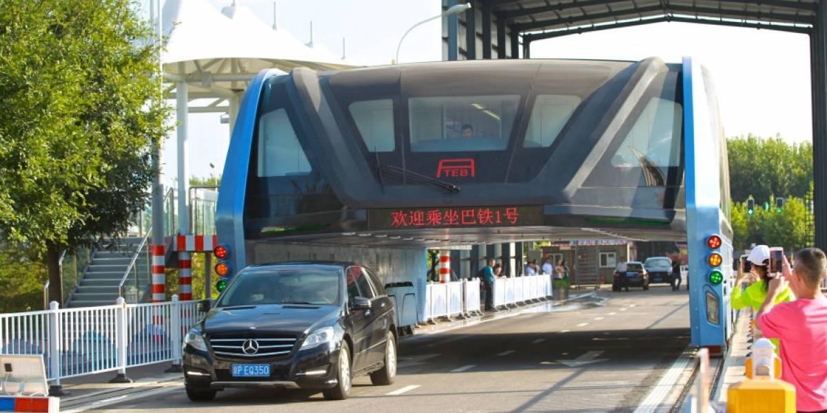 El fin del polémico TEB: el bus chino que se elevaba y que resultó ser una estafa