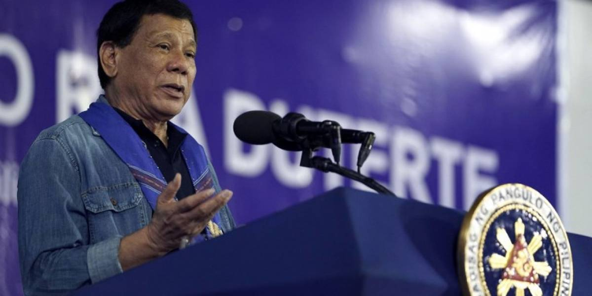 """Duterte quiere comerse vivos a yihadistas: """"Denme sal y vinagre, y lo haré frente a ustedes"""""""