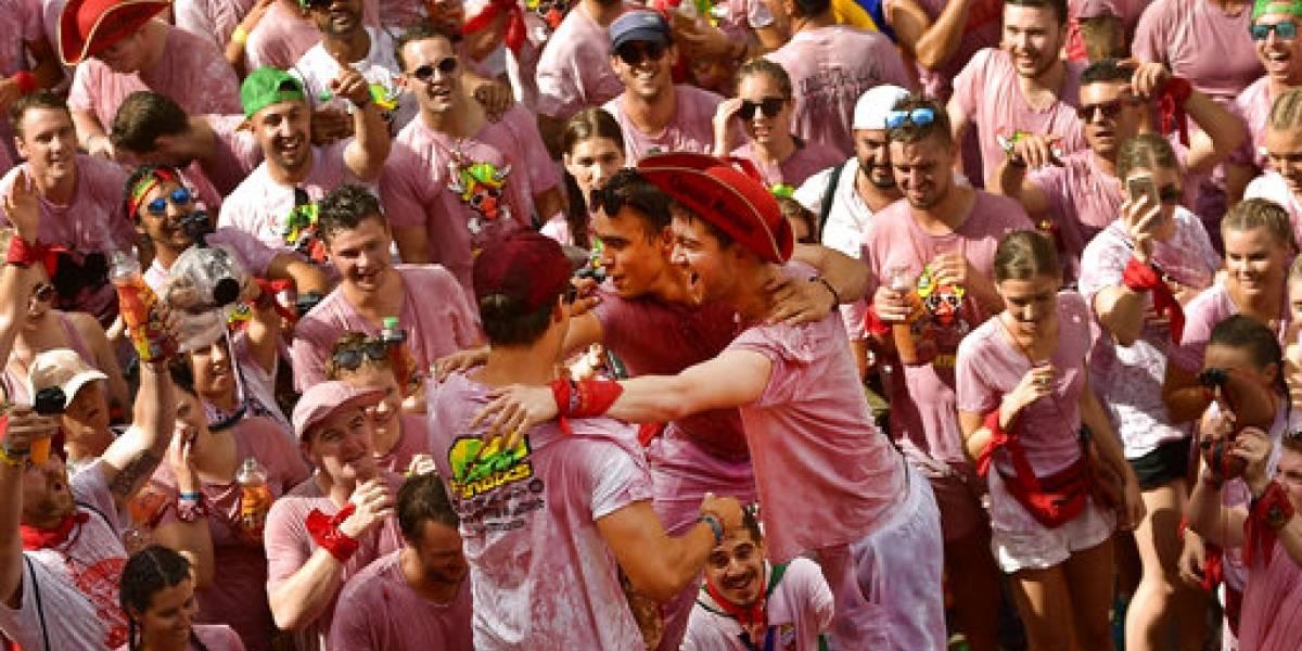 Pamplona inaugura los sanfermines con el chupinazo
