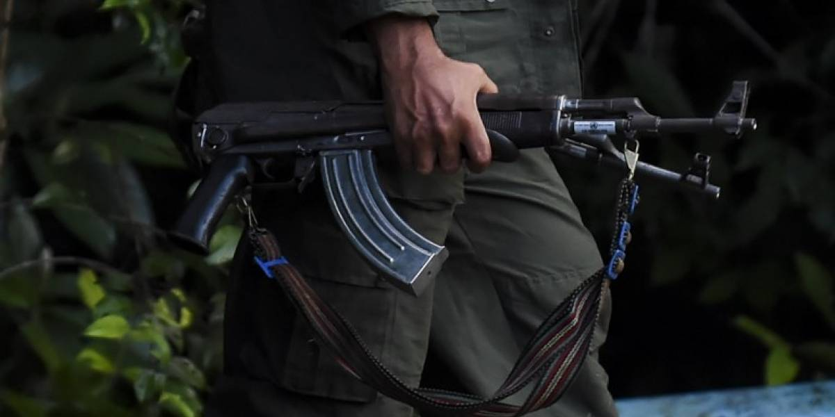 """Venezuela afirma que frustró """"invasión de mercenarios"""" procedente de Colombia"""