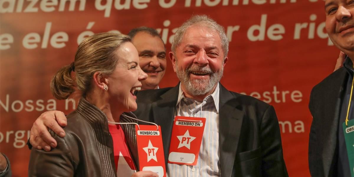 Por 'engano', PT publica texto em que diz não reconhecer eleição sem Lula