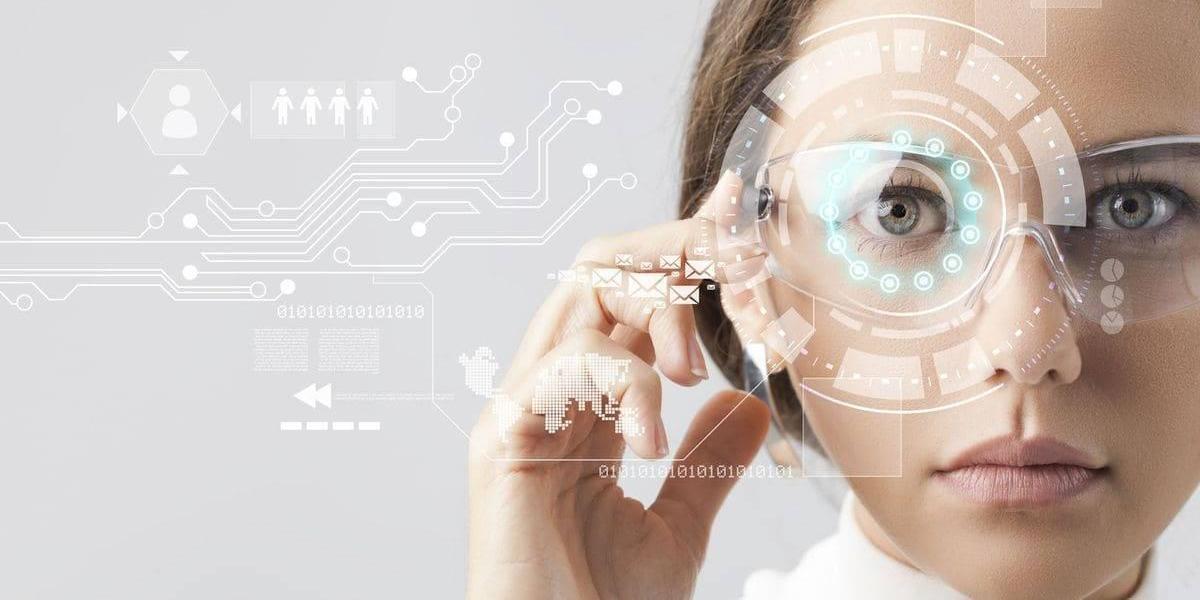 Si eres mujer, amas la tecnología y tienes muchas ideas: ¡Conviértete en Ada!
