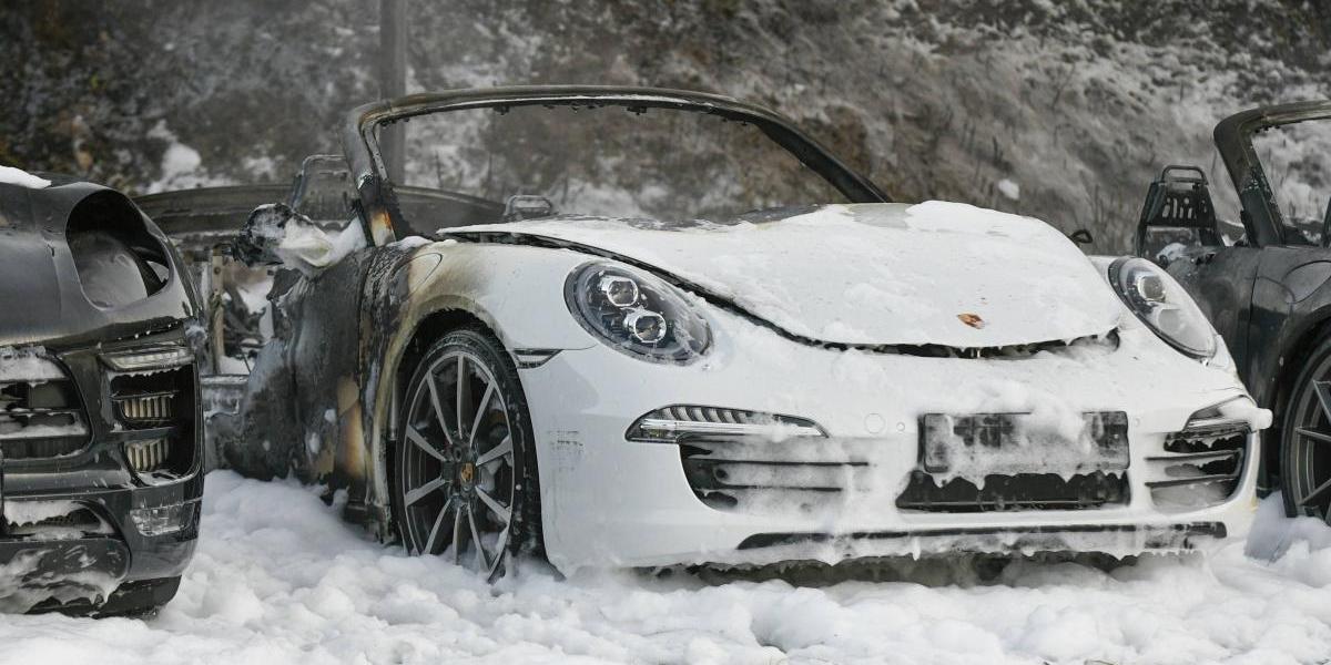 La manifestación más cara: queman autos de lujo en protesta por el G20