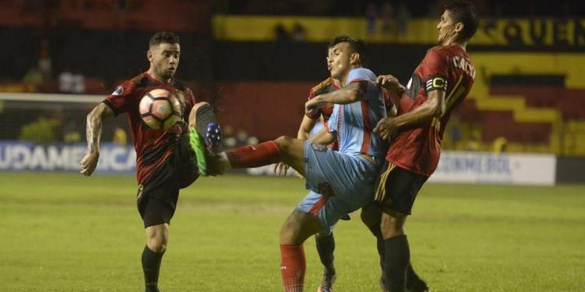 Queno Mena le cambió la cara al Sport Recife que sacó ventaja en la Copa Sudamericana
