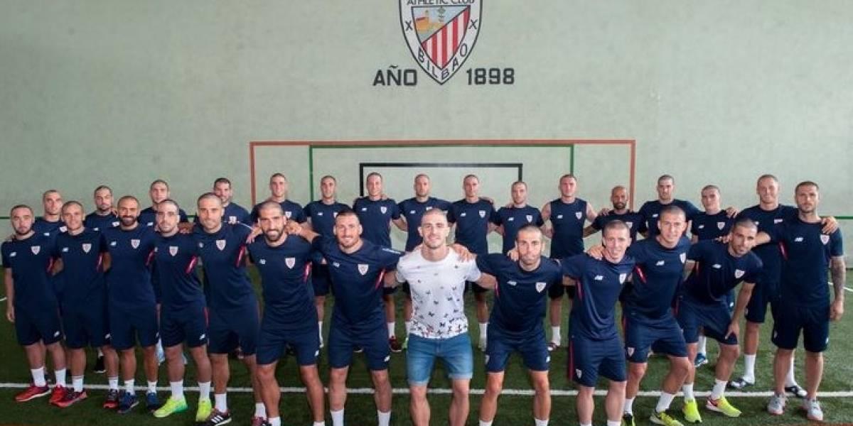 Plantilla del Athletic Bilbao se rapa en apoyo a compañero de 22 años con cáncer