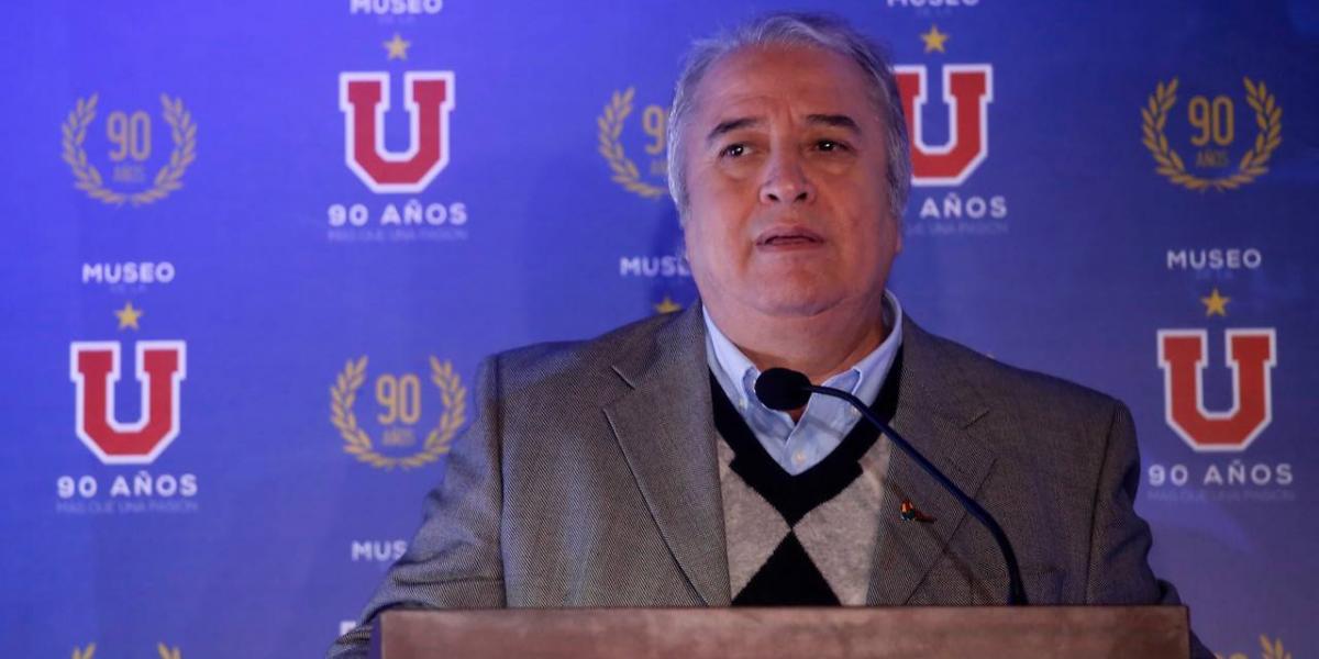El tenso momento que vivió el alcalde de La Cisterna por el estadio de la U en la inauguración del Museo Azul