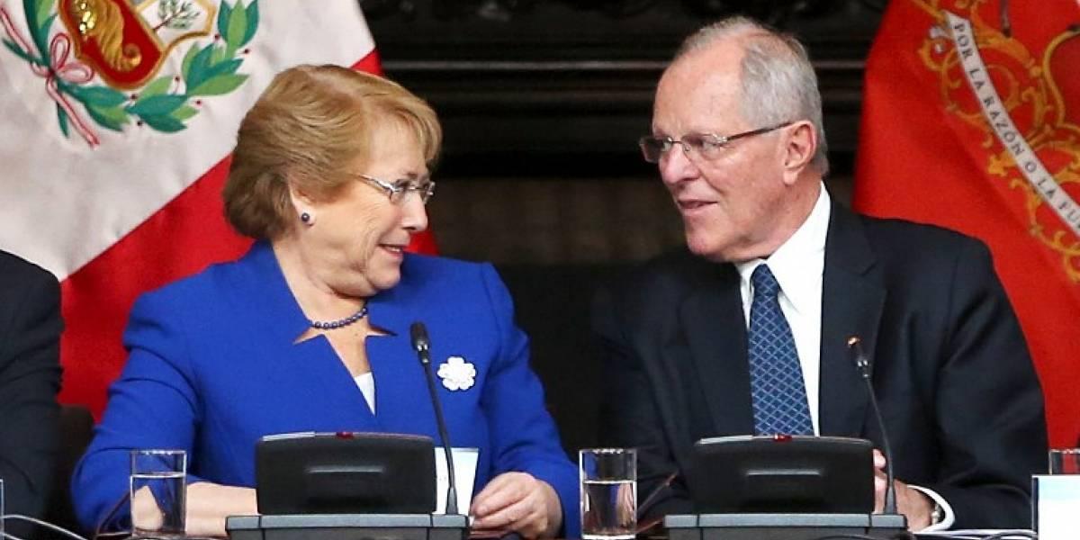 """Bachelet y Kuczynski marcan """"hito"""" con histórica reunión"""