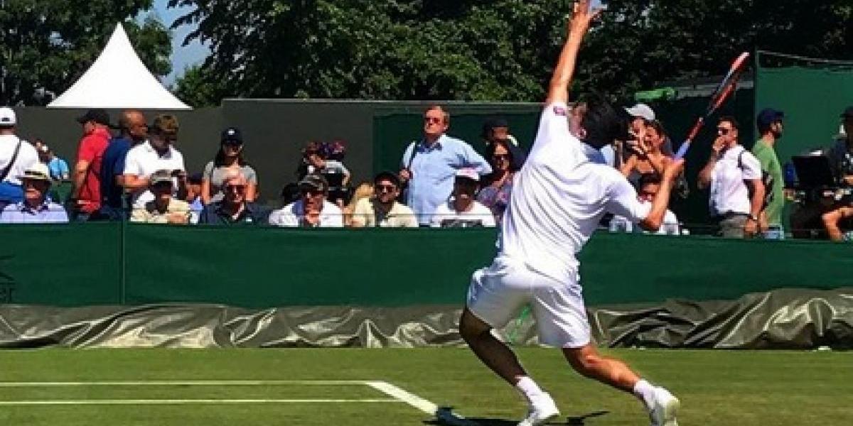Hans Podlipnik dio el batacazo y Julio Peralta dijo adiós en Wimbledon