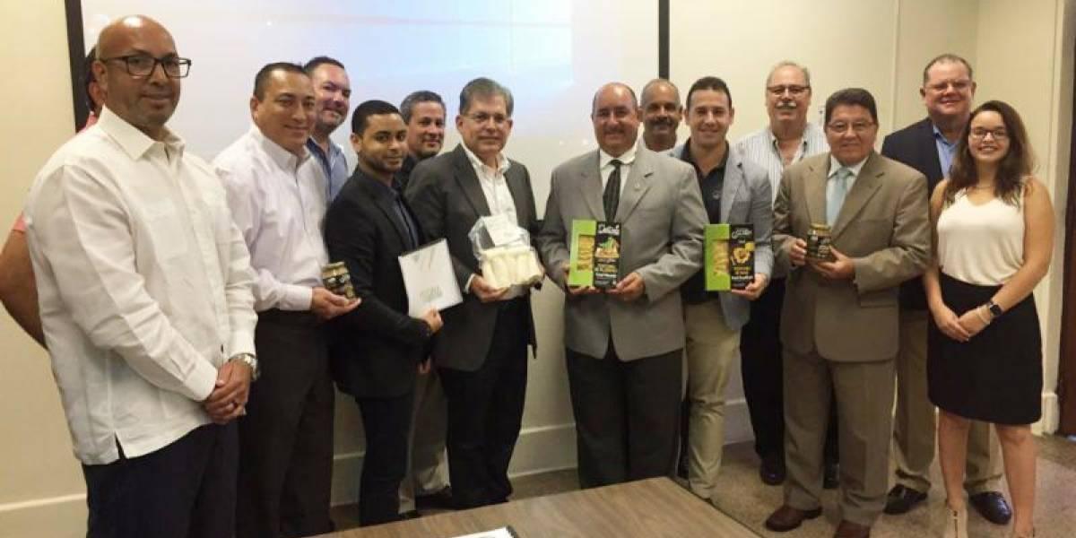 Departamento de Agricultura busca alianzas con el sector privado