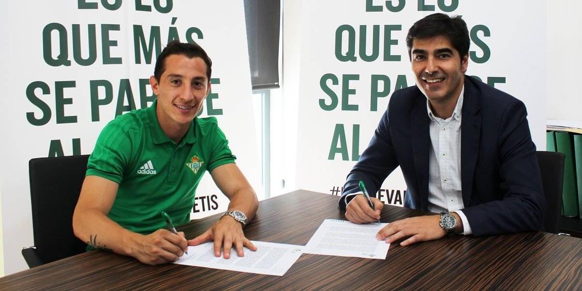 OFICIAL: Andrés Guardado es nuevo jugador del Betis