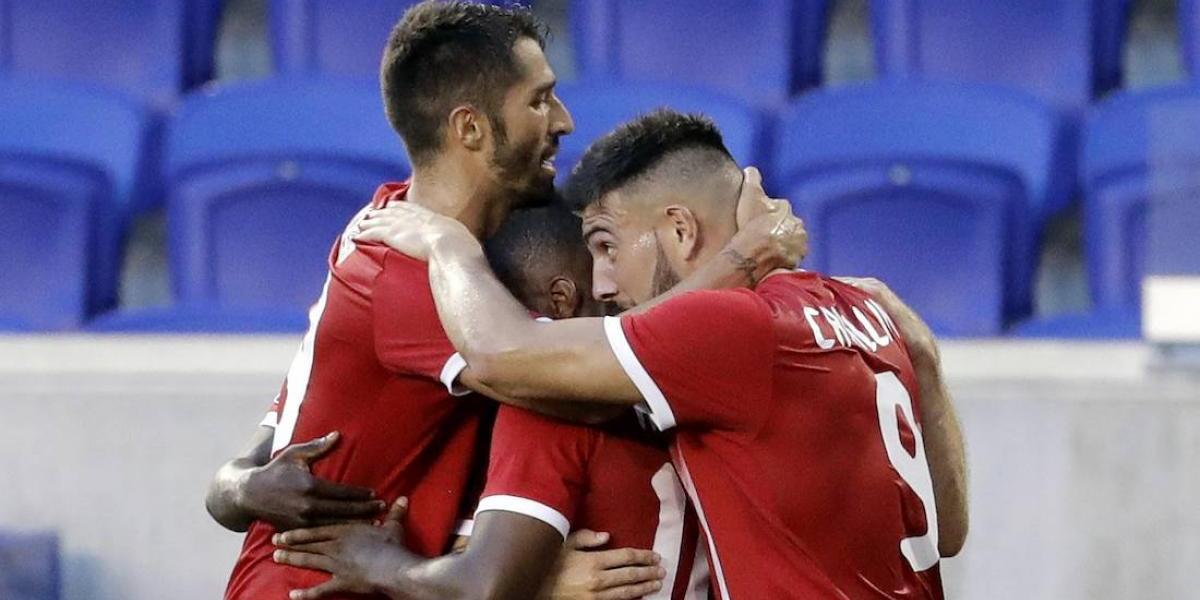 Canadá sufre para vencer a Guyana Francesa en su debut en Copa Oro