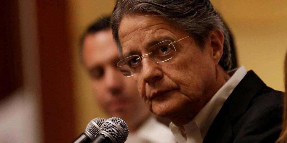 Guillermo Lasso  pide cambios 'de fondo' en política y economía