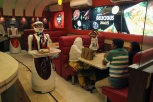 Meseras robot en Pakistán