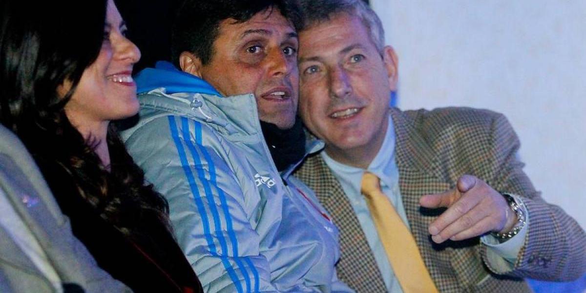 Azul Azul y Hoyos retrasan las negociaciones para su renovación