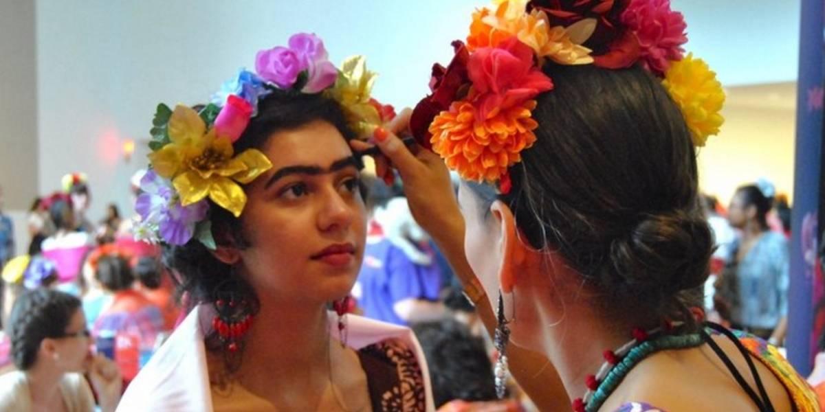 Establecen récord mundial de más personas vestidas como Frida Kahlo