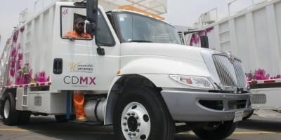 Taxista atropella y mata a joven recolector de basura