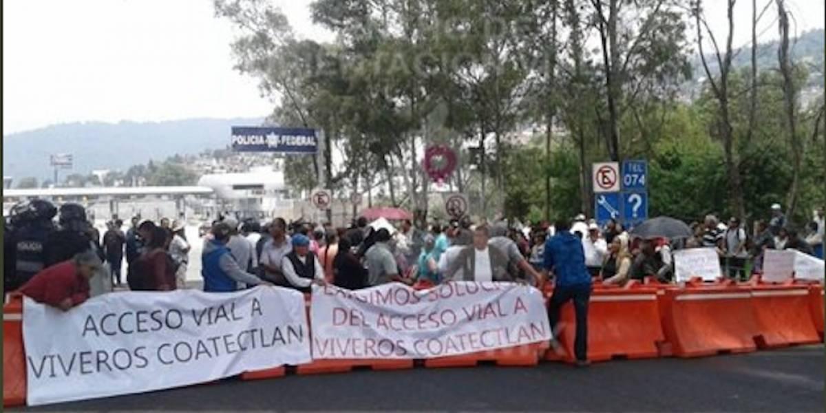 Reportan bloqueos intermitentes en la caseta México-Cuernavaca