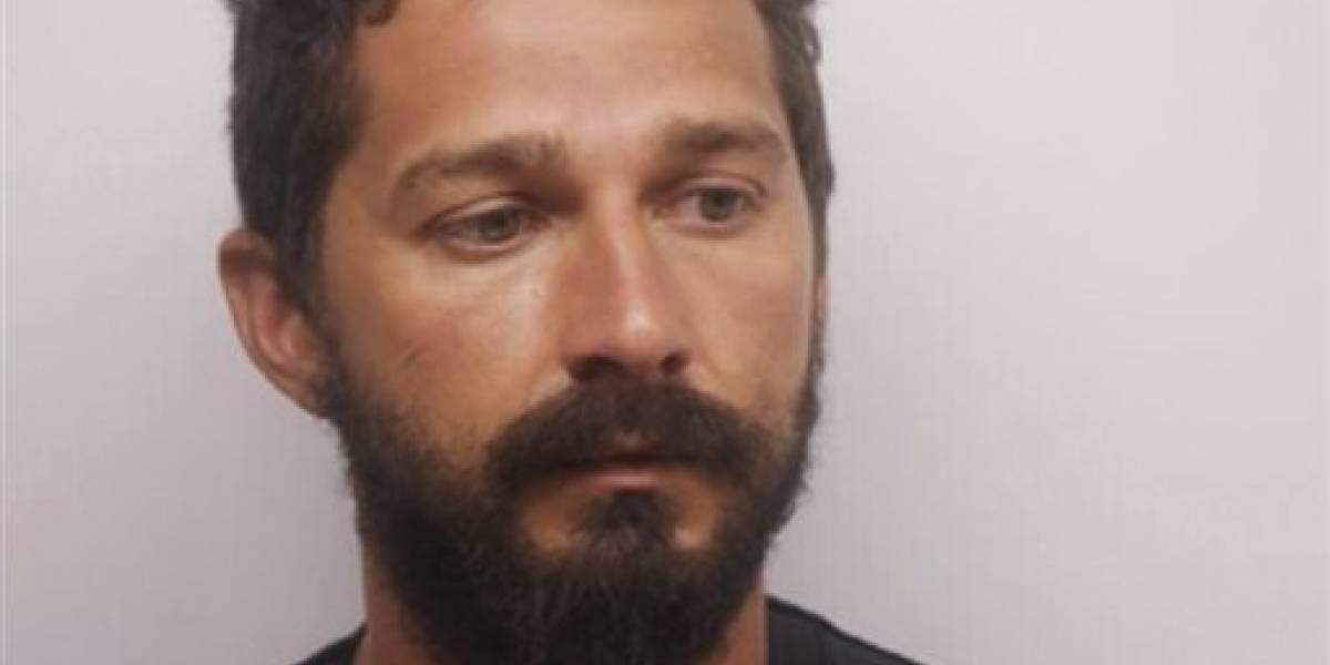 Arrestan a LaBeouf por ebriedad en público