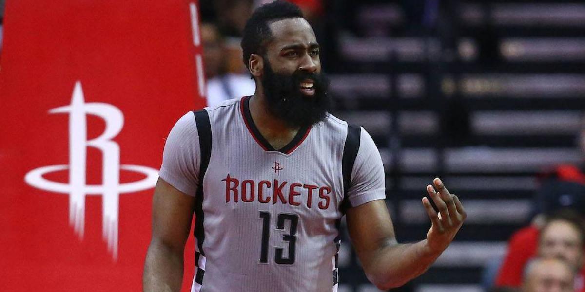 Rockets extienden contrato de James Harden cuatro años más