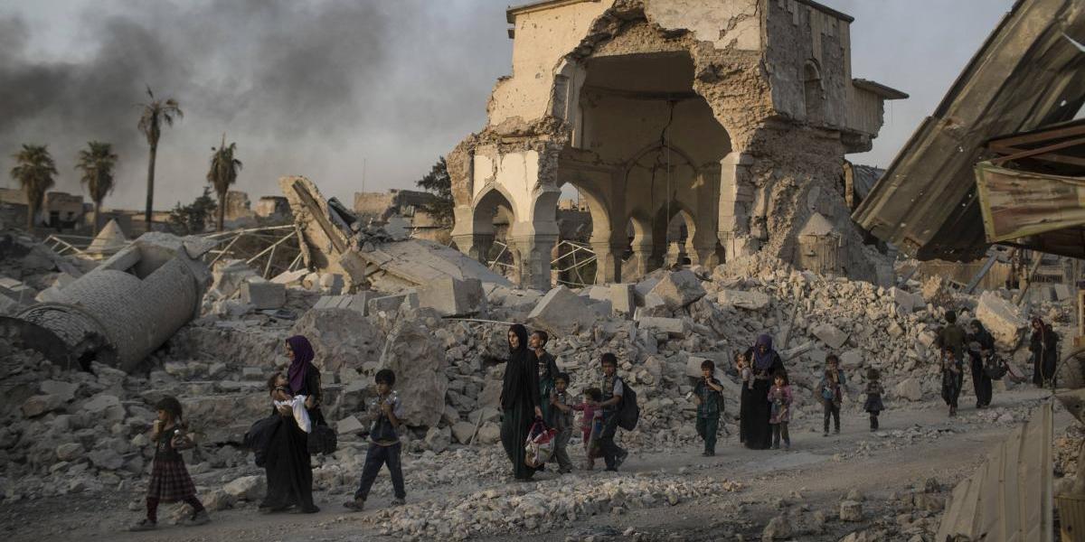 """Irak anunciará la """"victoria"""" en Mosul, pero Estado Islámico aún resiste"""