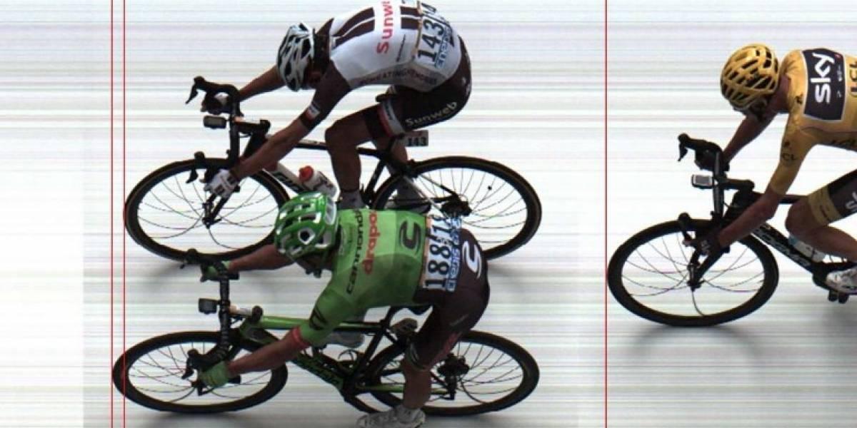 El colombiano Urán gana la accidentada novena etapa del Tour de Francia