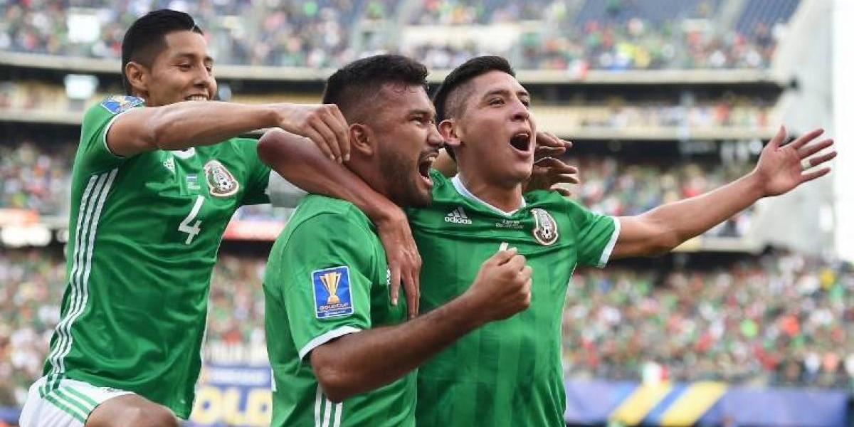 México supera con tranquilidad a El Salvador en su debut en la Copa Oro