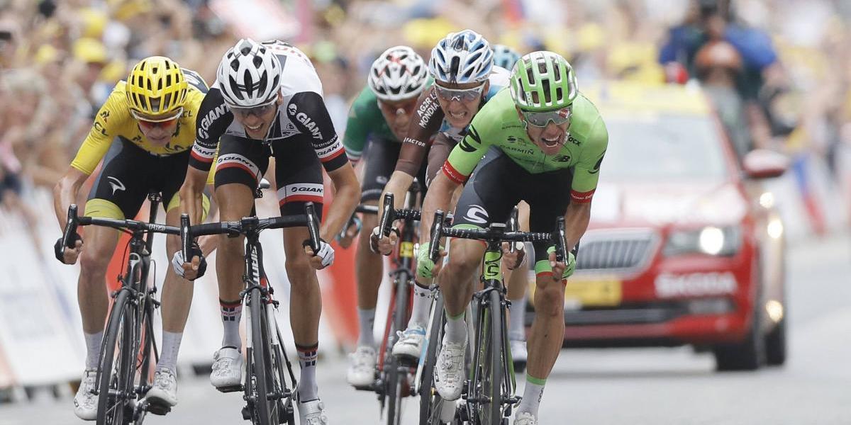 Así se entera Rigoberto Urán que ganó la novena etapa del Tour de Francia
