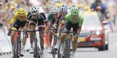 Colombiano Rigoberto Urán, incrédulo ante su triunfo en el Tour de Francia