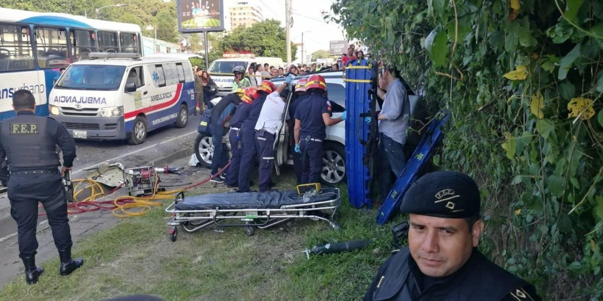 Accidente entre vehículo y unidad de Transurbano deja 3 heridos