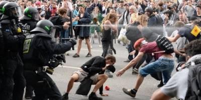 Presidente de Alemania condena violencia en Hamburgo