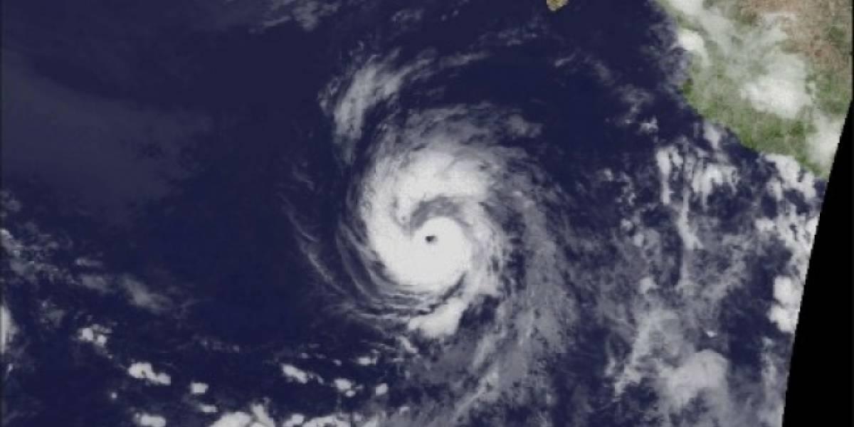 Huracán Eugene alcanza categoría 3; se mantiene lejos de costas mexicanas