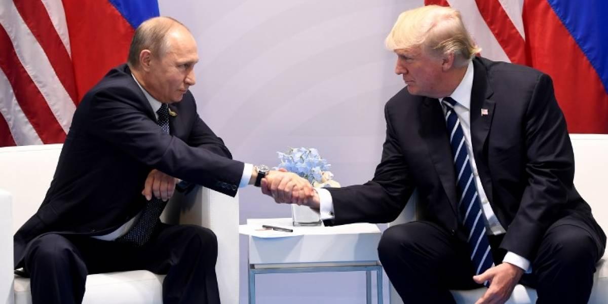 """Trump dice que es hora de trabajar """"constructivamente"""" con Rusia"""