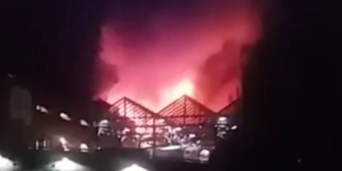 VIDEO: Se registra gran incendio en mercado de Londres