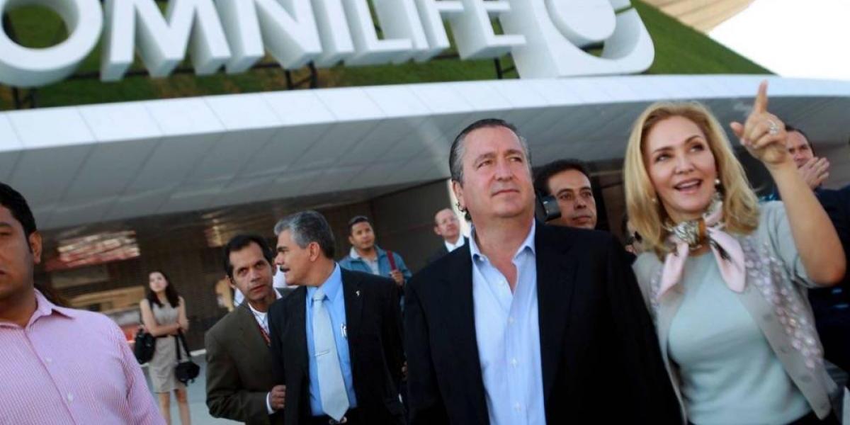 Angélica Fuentes dejó a Vergara con deuda de 8 mil millones de pesos