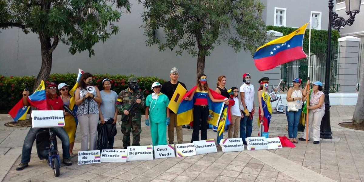 Venezolanos denuncian que Maduro viola derechos internacionales